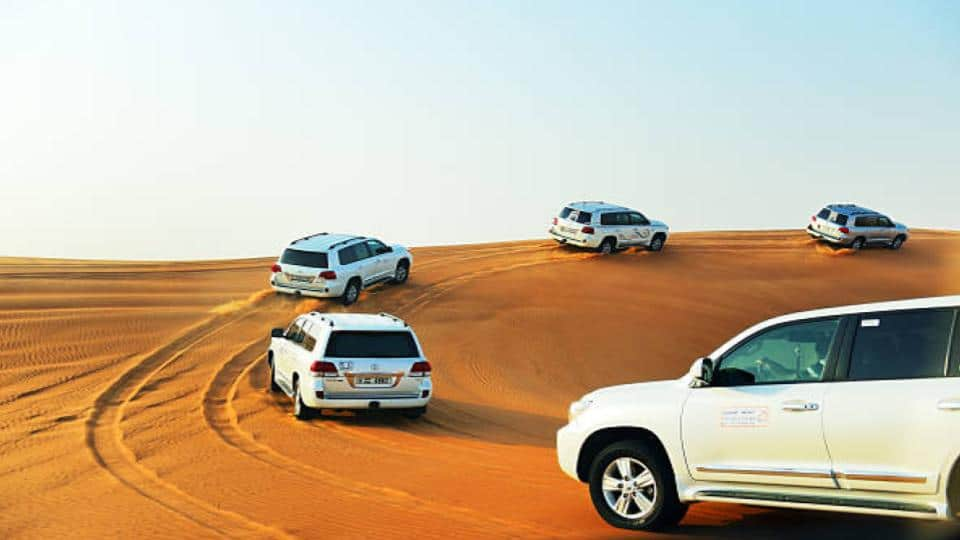 SUV's offroad