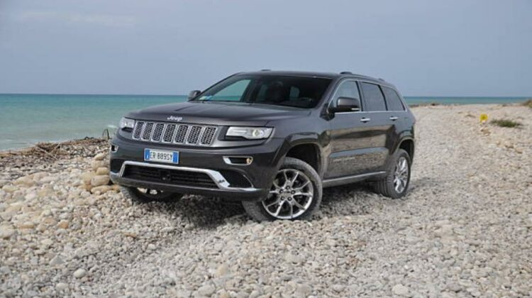 how to put jeep grand cherokee in 4wd